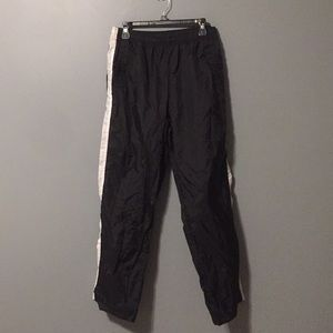 Nike women's wind pants size XL